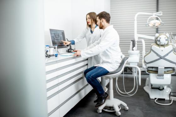 LABOWI et SUPRADENT : Laboratoires dentaires à Liège et Bastogne